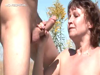 steamy mum gets her shaggy muf drilled