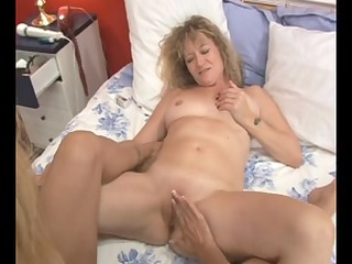 mother id like to fuck lesbian babes