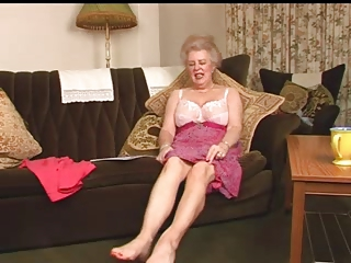 bewitching curly old granny fingering intro