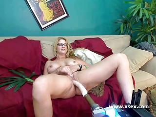 milf robbye bentley live sex machine web camera