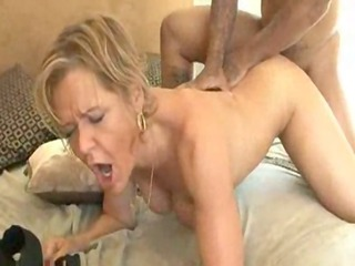 milfs blacks ii - xvideos.com