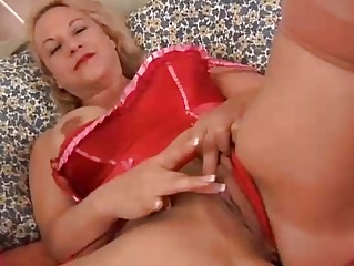 beautiful aged blonde is a squirter