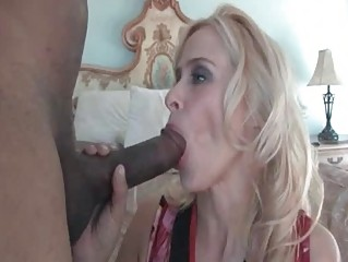 freaky mommy peyton leigh plays with giant