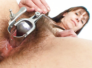 aged mom karin shows off unshaved pussy