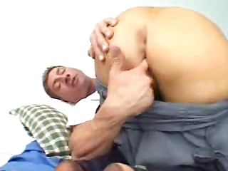 sexy huge-tits blond d like to fuck pamela peaks