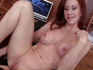 lascivious and breasty milf vixen pokes her cookie