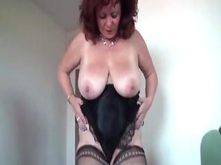large marvelous woman mommas masturbating
