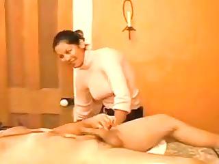 massage cook jerking