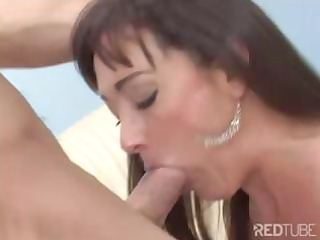brunette hair mommy blows and acquires screwed by