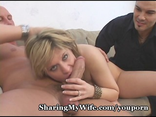 wifes pussy is eager for new schlong