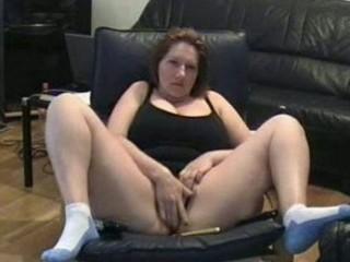 self recorded older slut masturbating