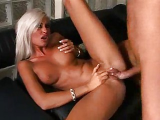 platinum d like to fuck blondes in blowjobs