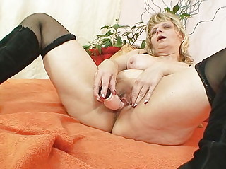 granny woman filipa groans like crazy when