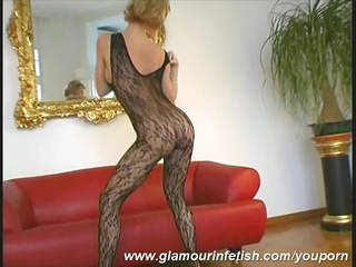 glamour mother i posing in stockings