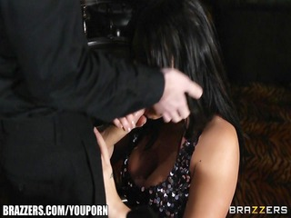 pickup artist bonks the hottest dark brown at the