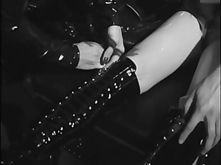 lesbo strumpets fastened in leather