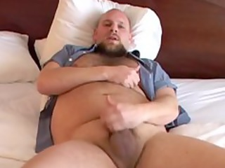 hot bear jerks off