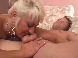 blonde aged mother id like to fuck shows her