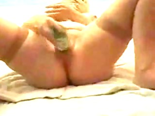 masked milf dp herself with bottles