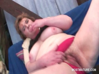 wicked mature tramp fucking her excited snatch