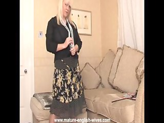 bulky blond mother i with big wobblers strips and