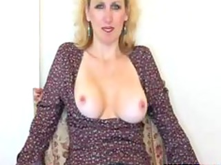 hot mature wife gives blowjob and acquires facial