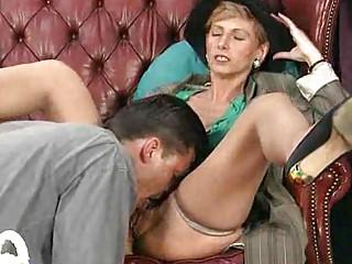 old mom enjoys her st anal sex
