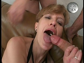 fascinating cum facial for milf