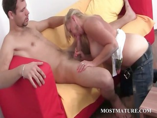 wicked golden-haired d like to fuck engulfing