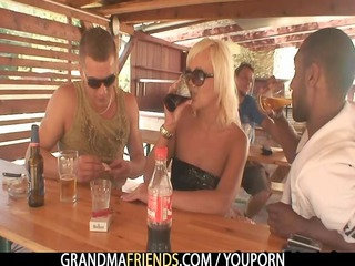 guys have enjoyment with granny